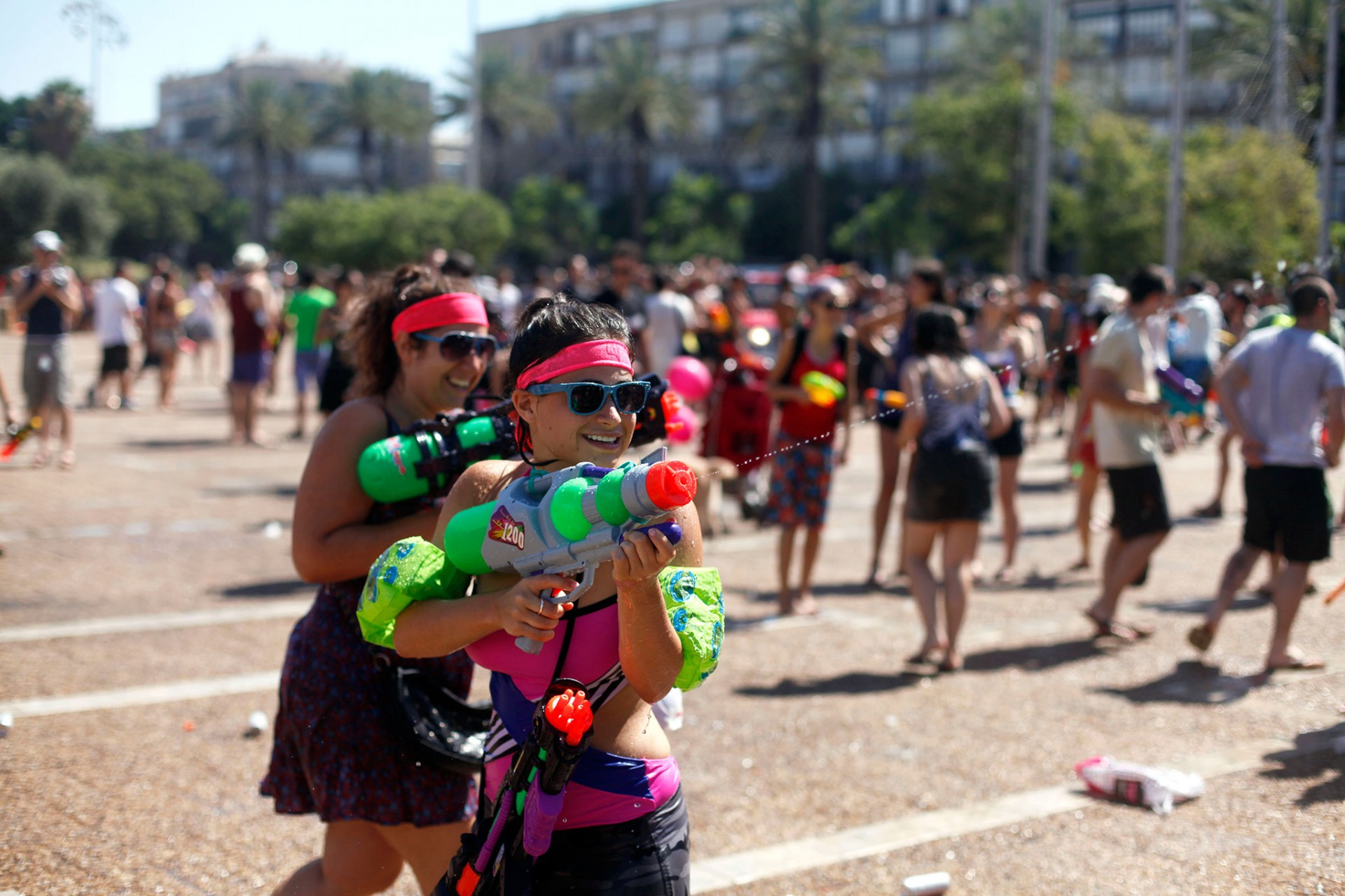 Water Fight In Tel Aviv