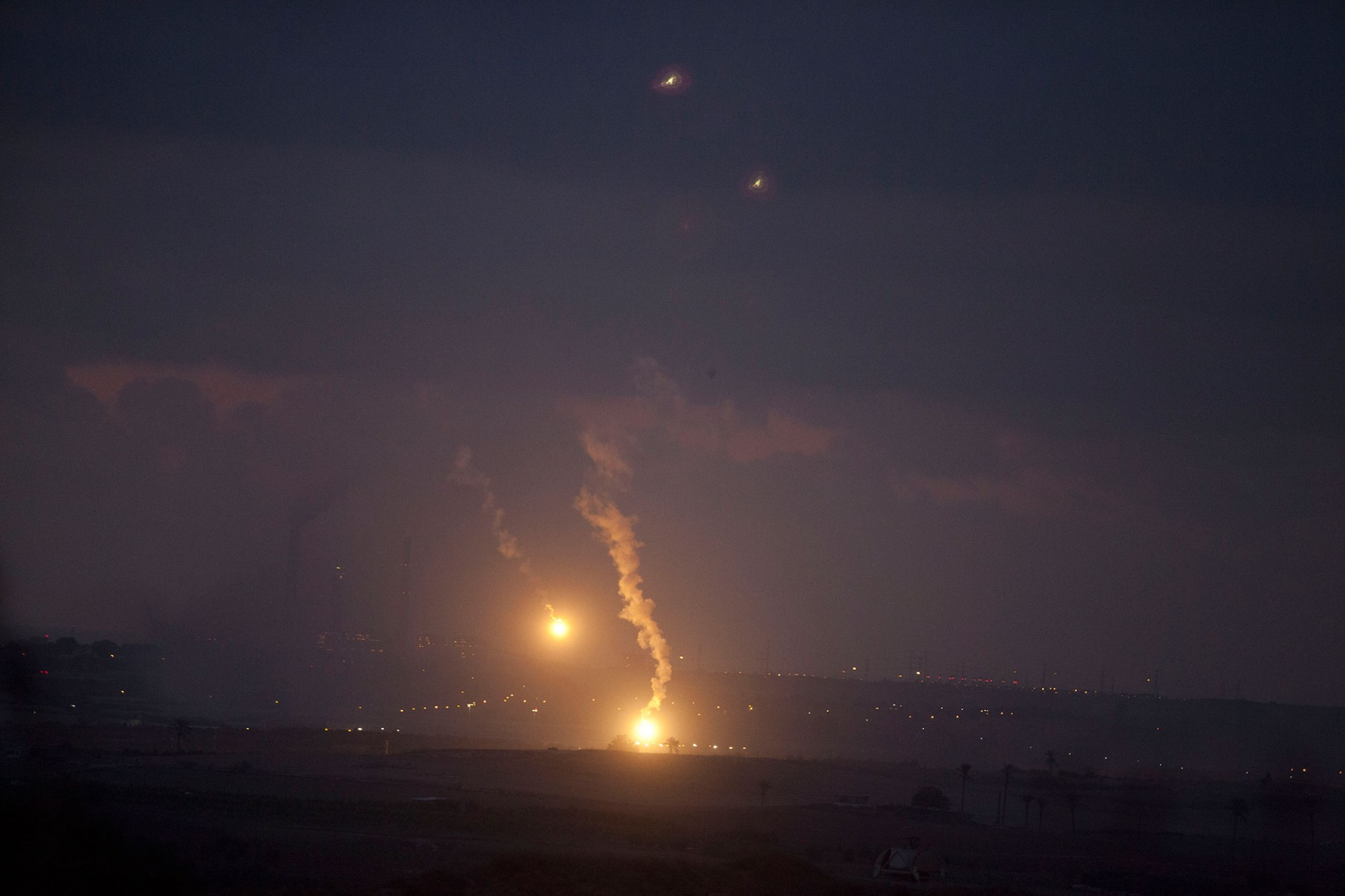 Illumination flares rises over Gaza, on July 17, 2014.